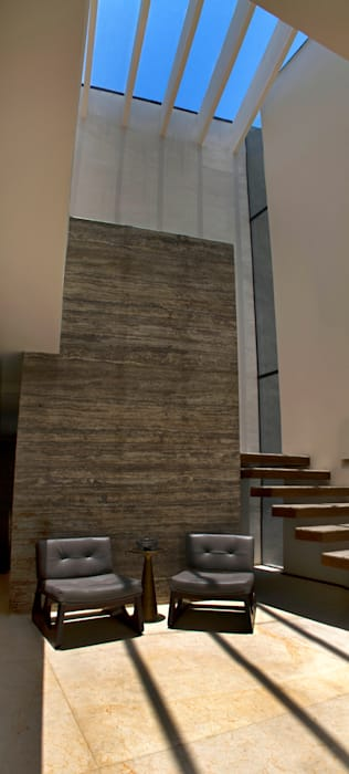 Casa 4 Puntos / Club de Golf BR Paredes y pisos de estilo moderno de Maz Arquitectos Moderno
