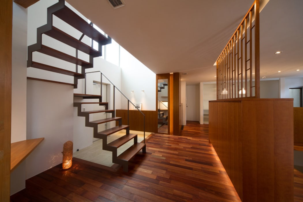 アーキシップス京都 Modern corridor, hallway & stairs