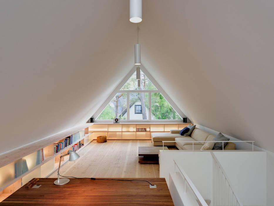 Estudios y despachos de estilo moderno de Möhring Architekten Moderno