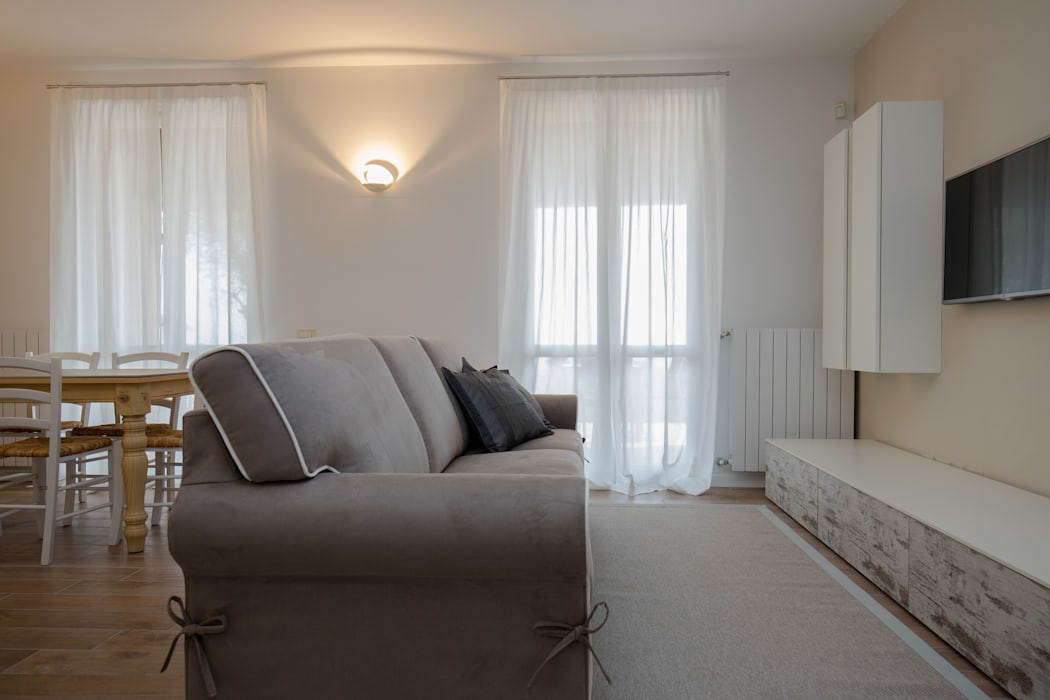 Zona living HP Interior srl SoggiornoDivani & Poltrone