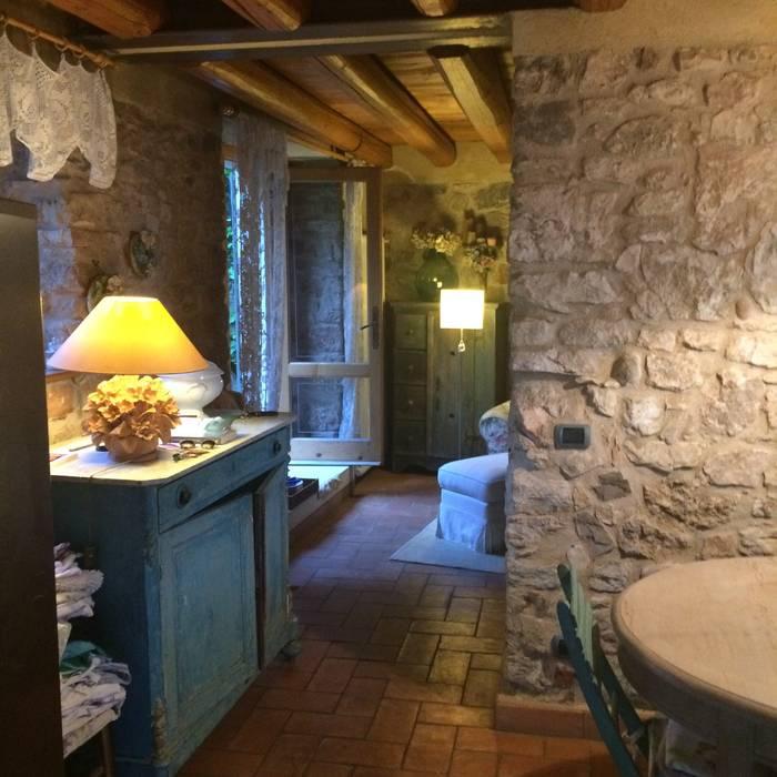 Casa al lago o campagna come arredare una casa da vivere for Ristrutturare e arredare casa