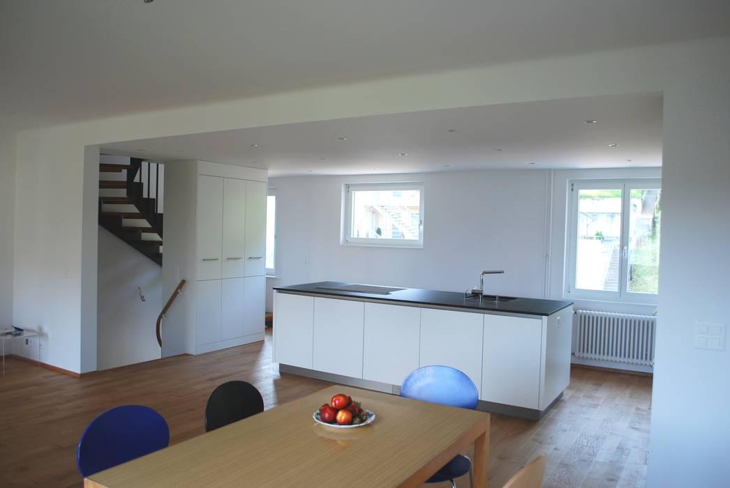 Essen und Kochen Klassische Küchen von Beat Nievergelt GmbH Architekt Klassisch