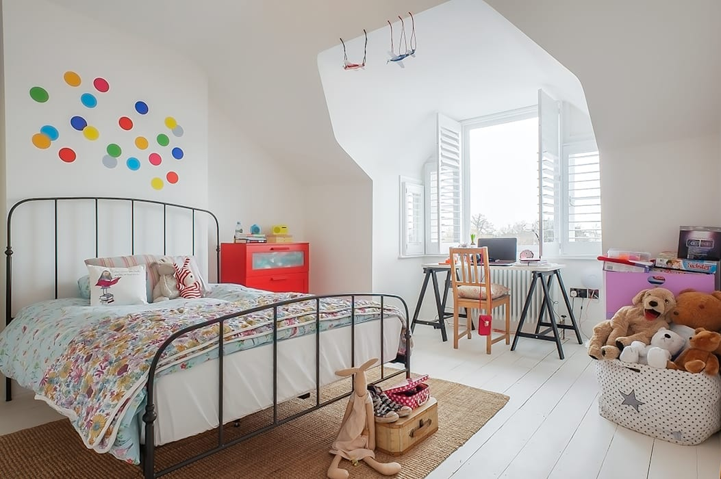 Full House Renovation with Crittall Extension, London Quarto infantil eclético por HollandGreen Eclético