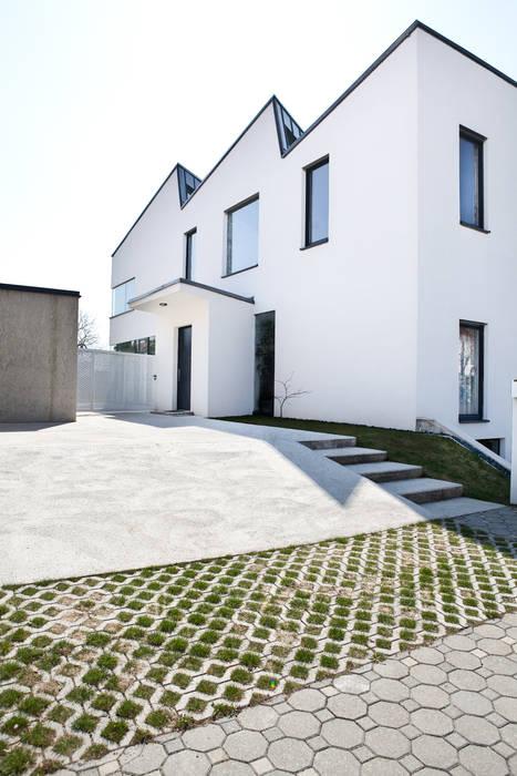 Ansicht Zugang MARTIN MOSTBÖCK Moderne Häuser