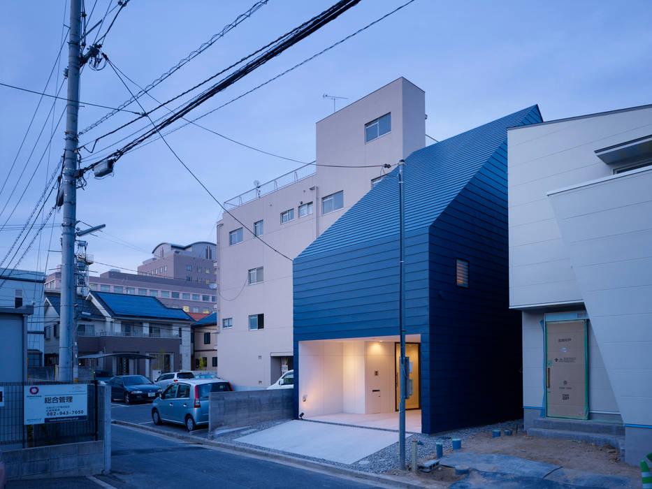 Minimalist houses by SWITCH&Co. Minimalist