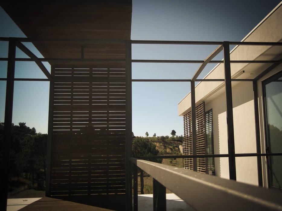 Habitação - Trancoso 12 Casas modernas por ARKIVO Moderno