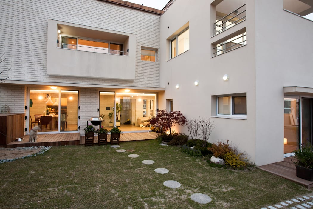 Modern Evler (주)건축사사무소 아뜰리에십칠 Modern