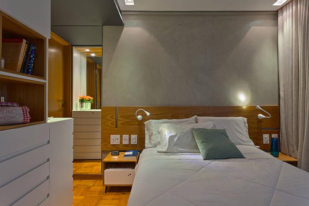 Suíte Quartos modernos por Botti Arquitetura e Interiores-Natália Botelho Moderno Madeira Efeito de madeira