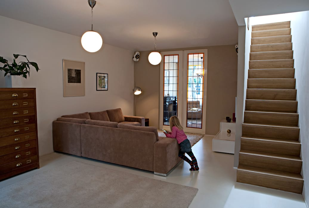 Ruang Keluarga oleh Lab-S, Modern