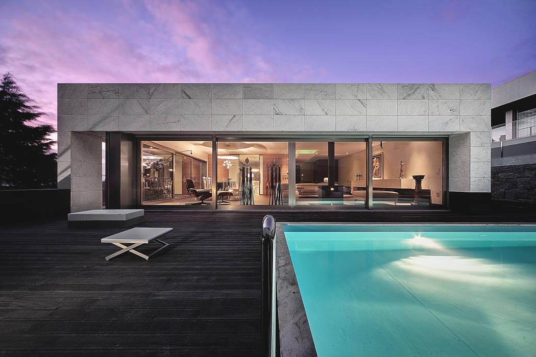 Casas de estilo minimalista de Albertina Oliveira-Arquitetura Unipessoal Lda Minimalista