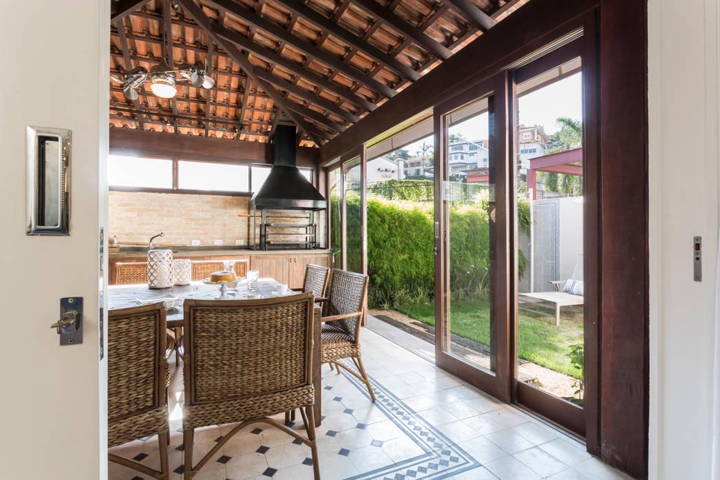Casa Cidade Jardim Varandas, alpendres e terraços rústicos por Boutique Arquitetura Rústico