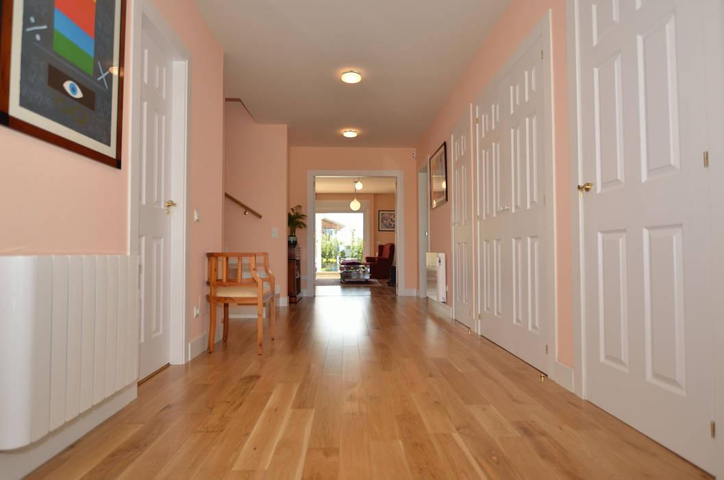 Corridor & hallway by Canexel