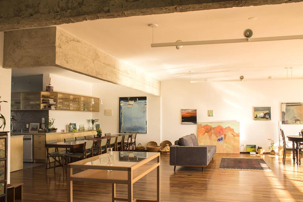 Moderne Esszimmer von Ruta arquitetura e urbanismo Modern