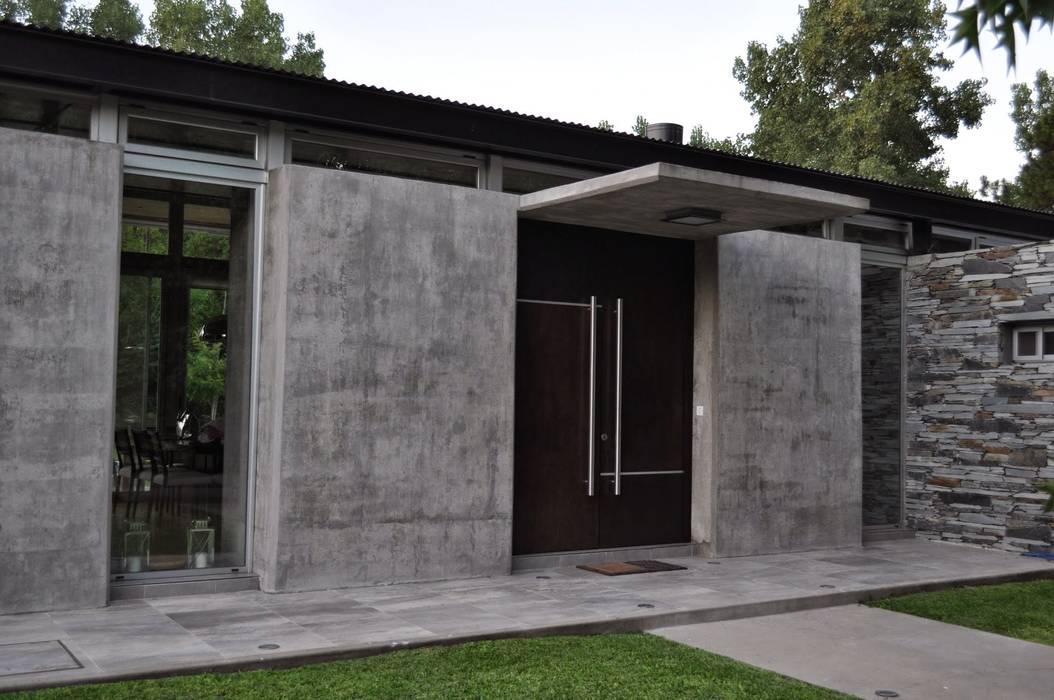 CASA 153 y 154 Baltera Arquitectura Casas de estilo clásico