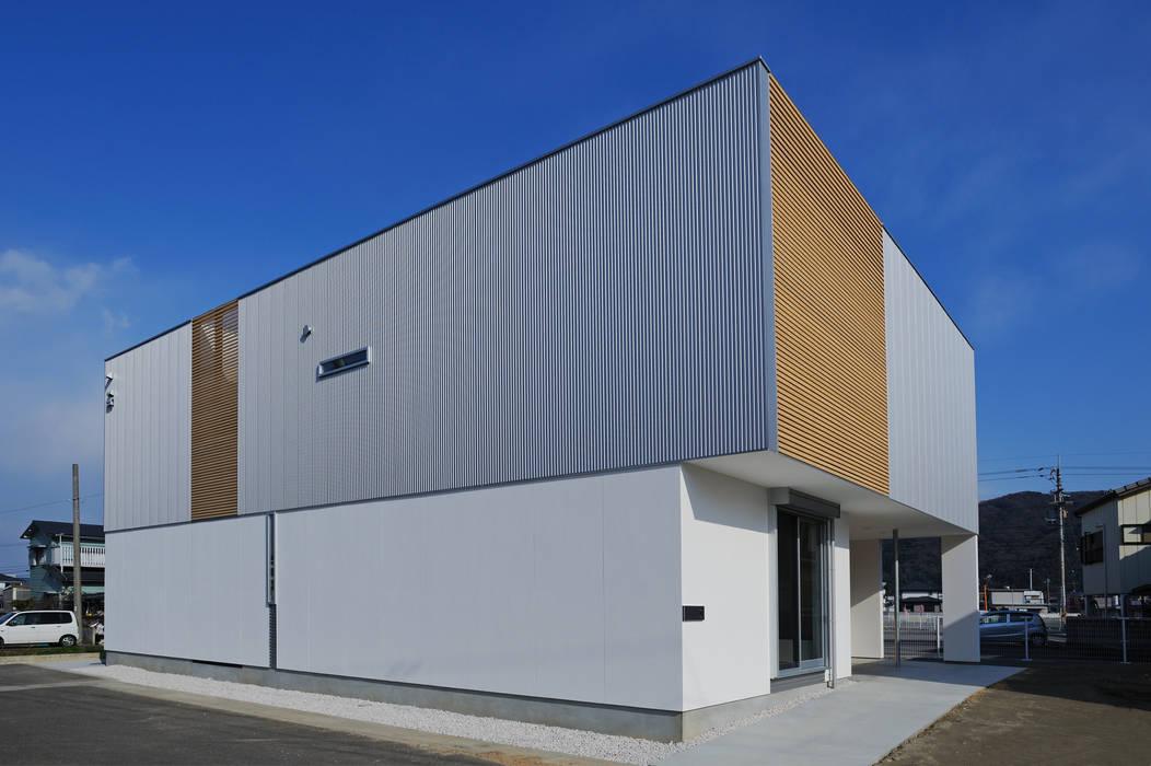 Houses by 開建築設計事務所, Modern
