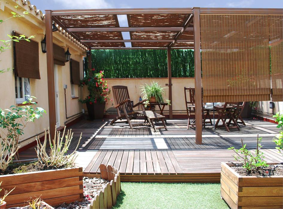 Construcción de una terraza Balcones y terrazas de estilo mediterráneo de Vicente Galve Studio Mediterráneo