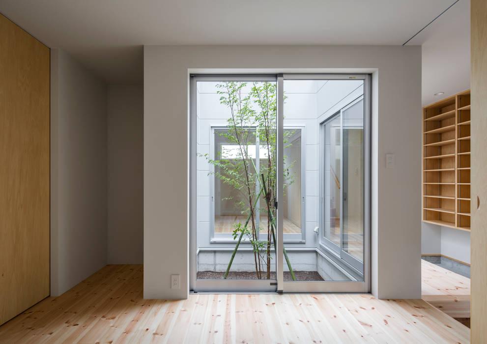 萩原健治建築研究所 Minimalist bedroom