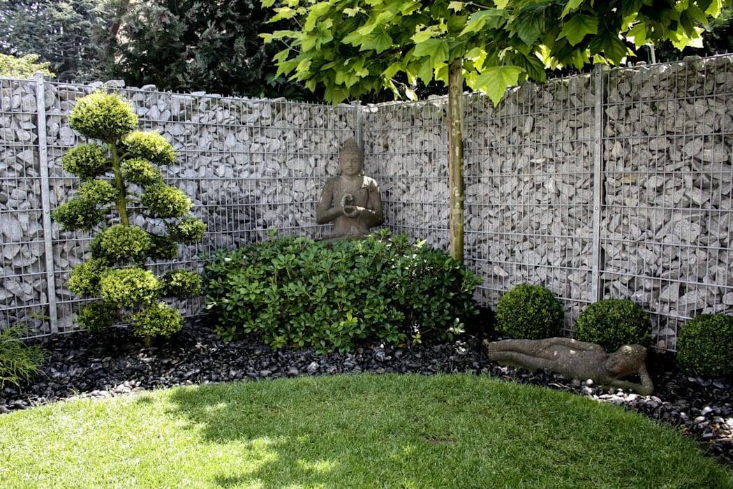 Asianstyle design garden Asian style gardens by -GardScape- private gardens by Christoph Harreiß Asian
