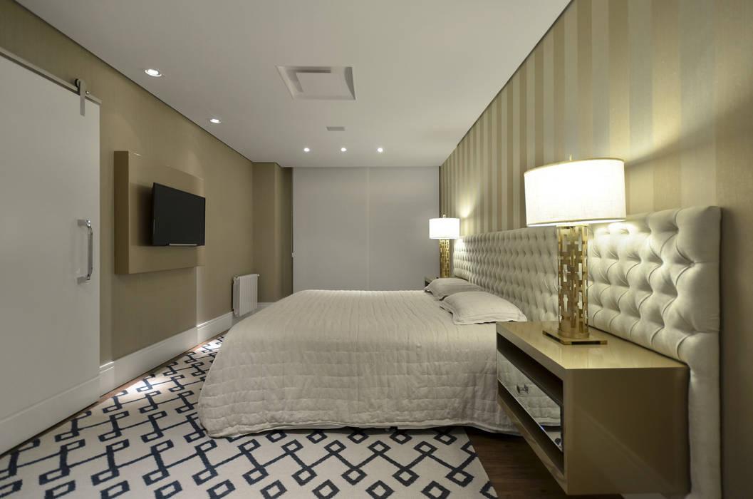 Chambre de style  par Johnny Thomsen Arquitetura e Design , Moderne