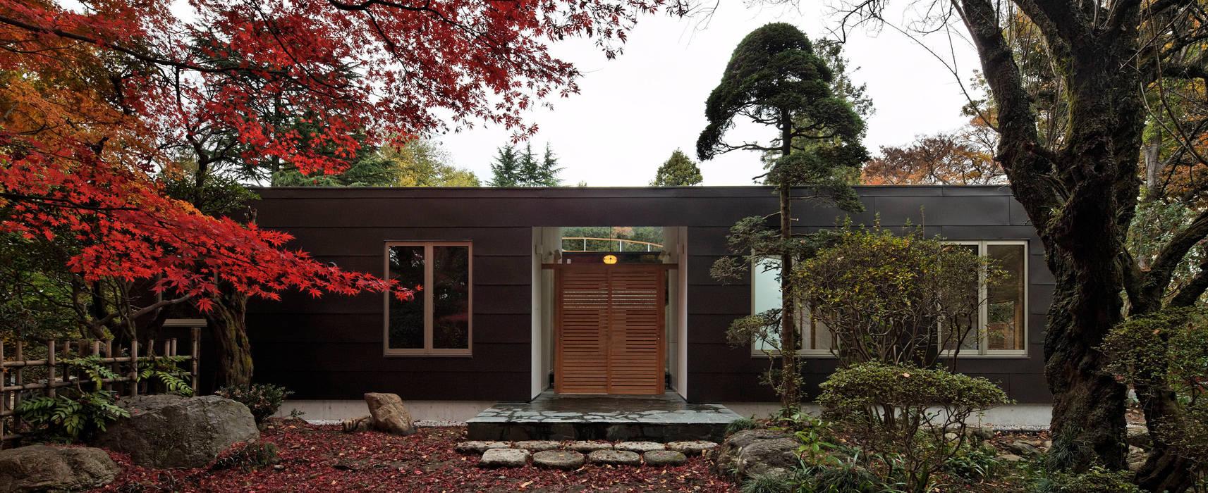 玄関: 清正崇建築設計スタジオが手掛けた家です。