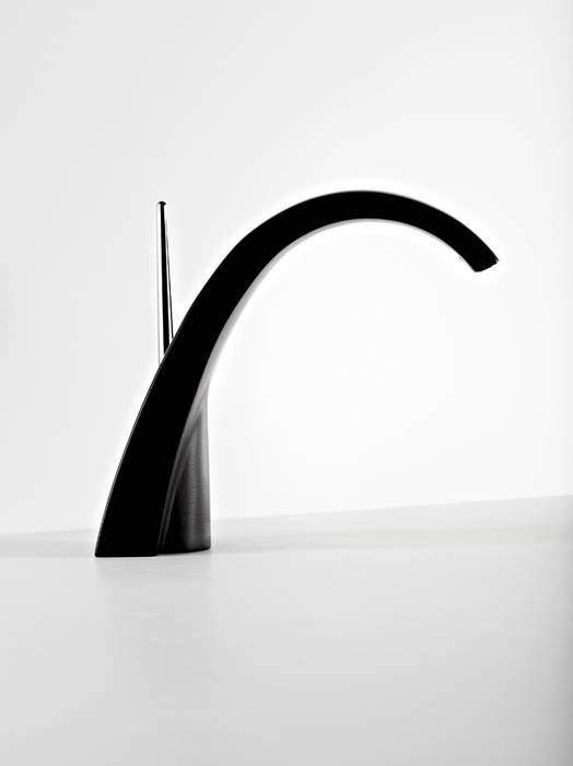 Mitigeur lavabo: Salle de bains de style  par HORUS