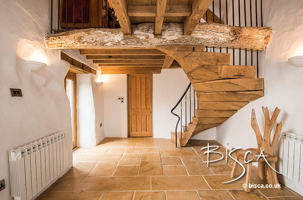 Rustic Staircase by Bisca Rustic style corridor, hallway & stairs by Bisca Staircases Rustic