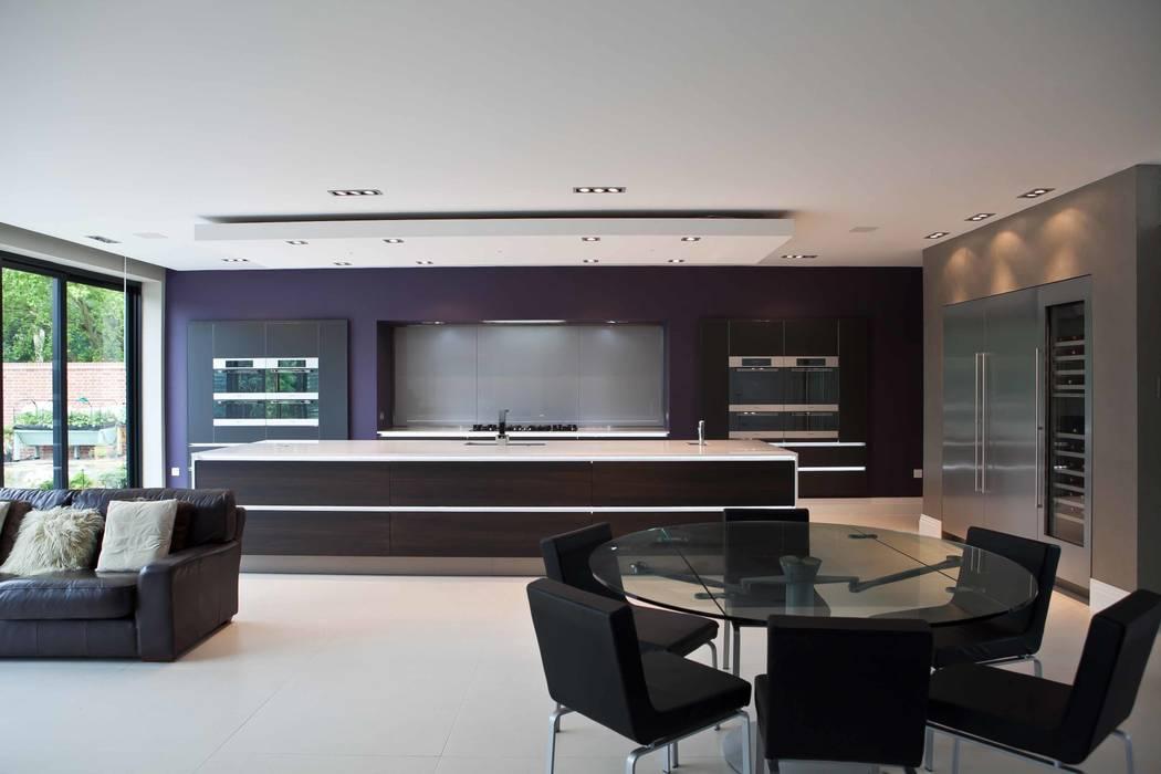 Кухни в . Автор – Excelsior Kitchens Limited, Модерн