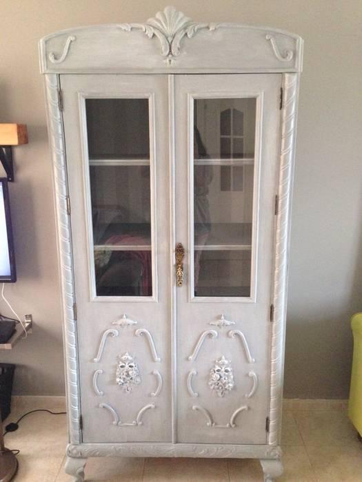 Exterior del armario-vitrina una vez finalizado: comedor de estilo ...