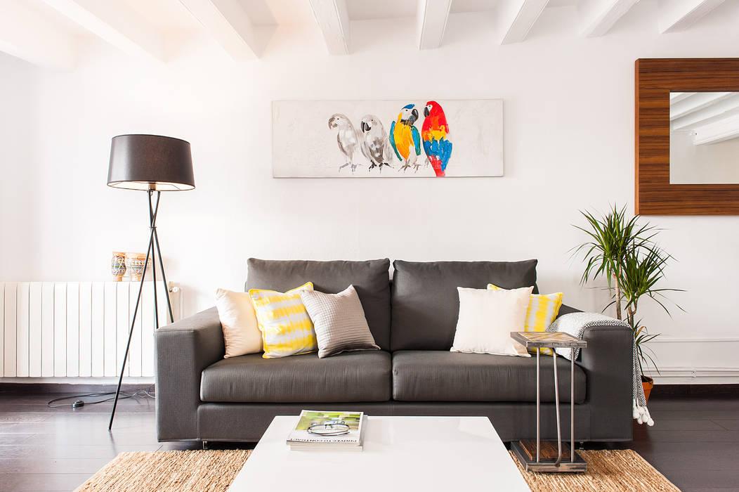 Salón detalle del sofá Salones de estilo moderno de Markham Stagers Moderno