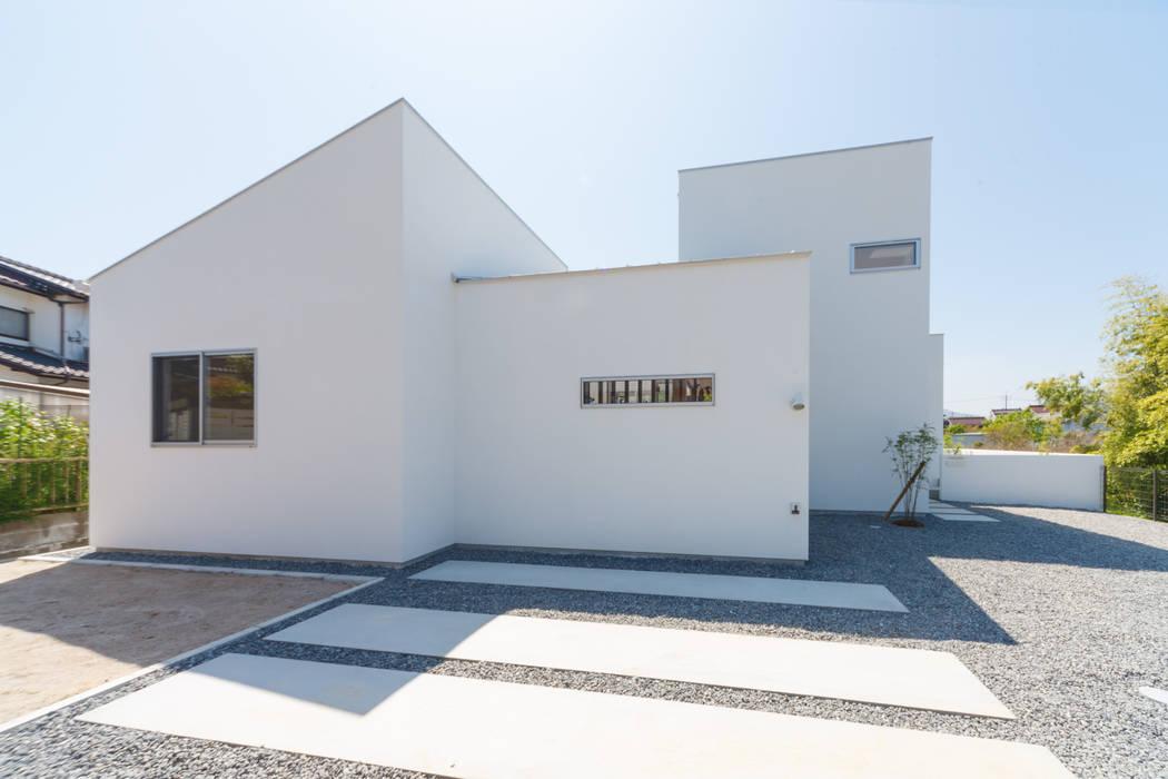 Дома в . Автор – 株式会社 T.N.A, Модерн