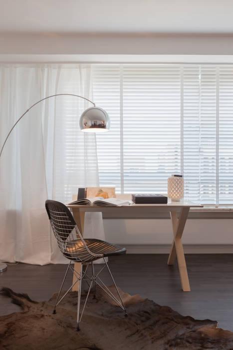 Estudios y despachos de estilo  de JUMA architects