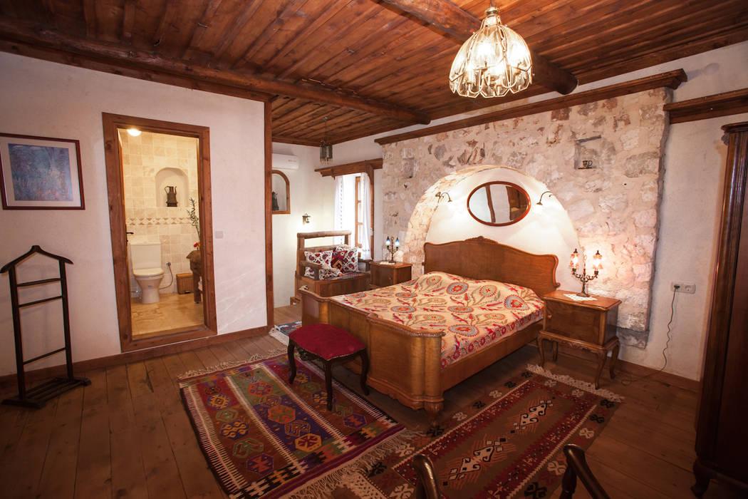 Hoyran Wedre Country Houses – Balayı Evi:  tarz Yatak Odası, Akdeniz
