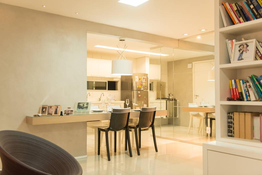 Apartamento Neutro: Salas de jantar  por Lina Eleutério Arquitetura,