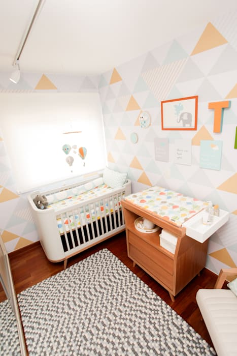 Nursery/kid's room by Uaua Baby