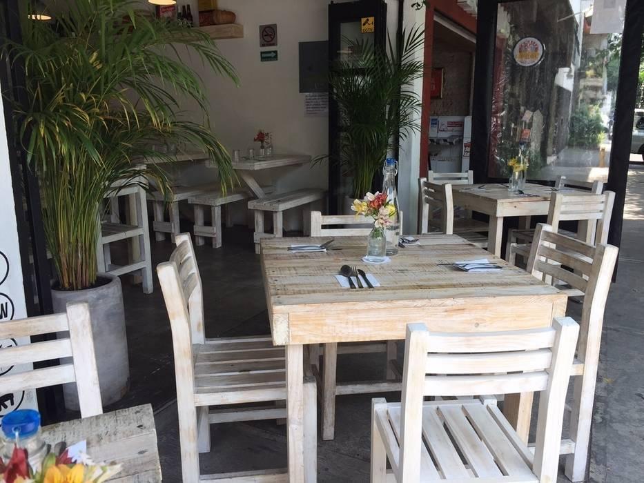 Mesa restaunteras: Restaurantes de estilo  por Biogibson, Industrial