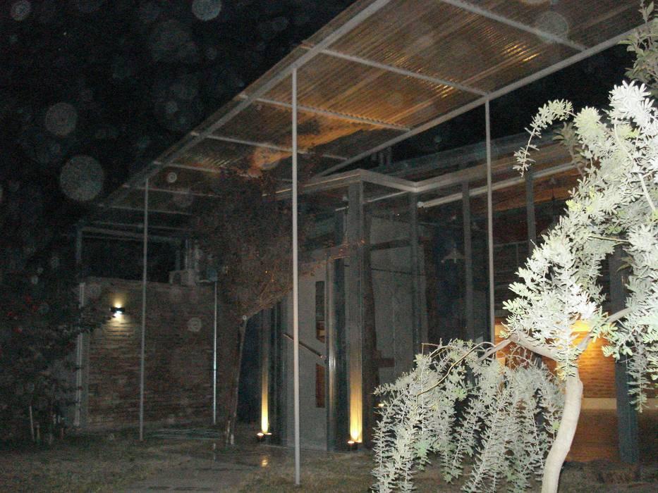 negro Estudios y oficinas modernos de CRISTINA FORNO Moderno Vidrio