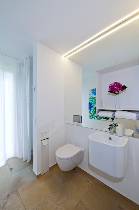 g ste wc mit dusche badezimmer von kitzlingerhaus gmbh. Black Bedroom Furniture Sets. Home Design Ideas