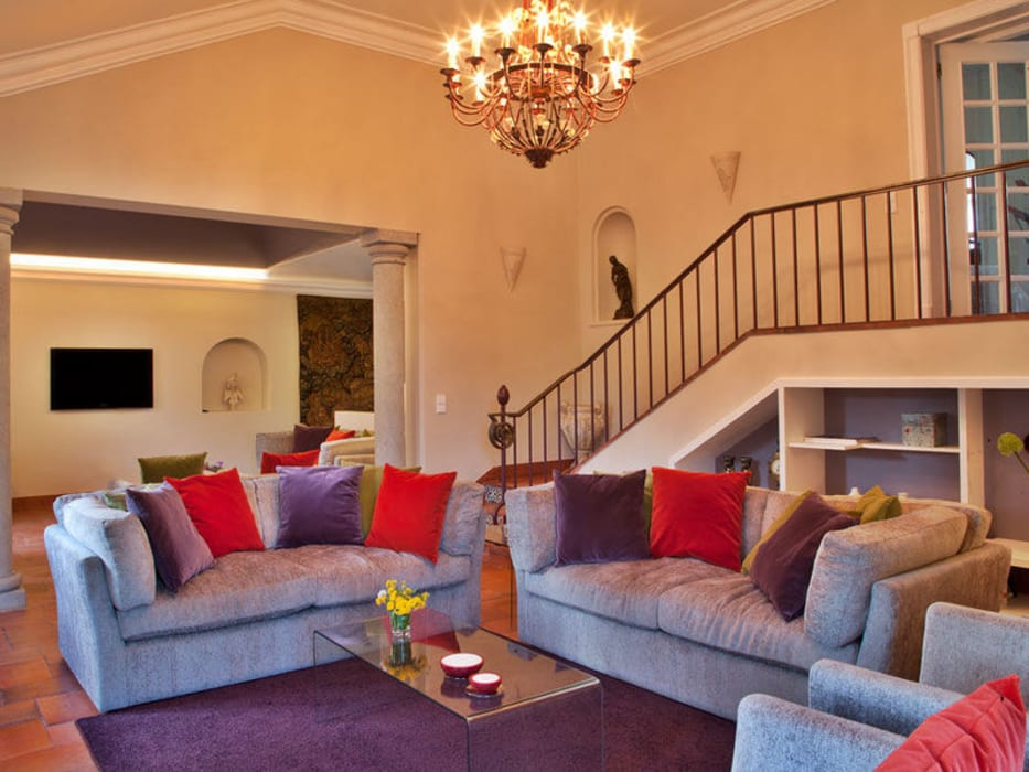 Modern Living Room by shfa Modern