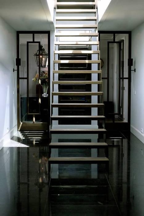 Appartement Amsterdam:  Gang en hal door Baden Baden Interior, Modern