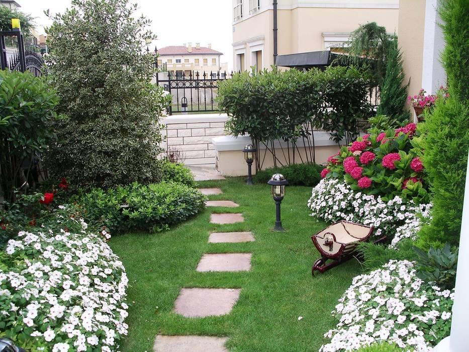 Bahçevilla Peyzaj Tasarım Uygulama – SONRAKİ / AFTER:  tarz ,