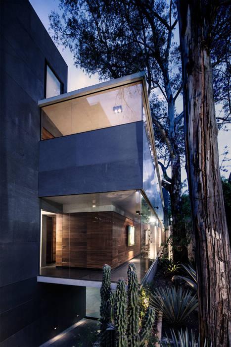 Casa Basaltica grupoarquitectura Casas minimalistas
