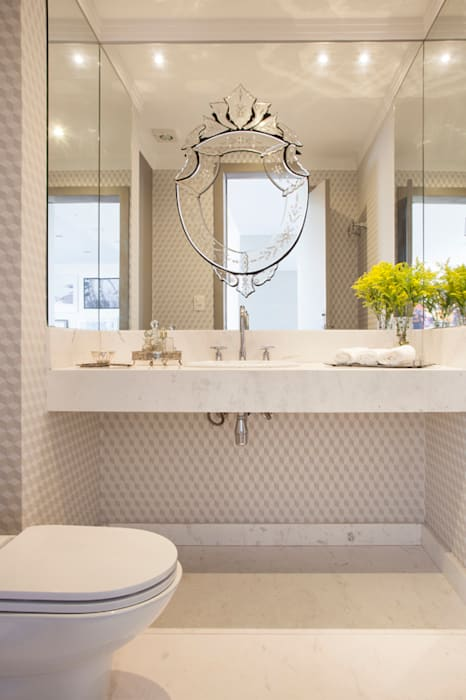 Classic style bathroom by Aonze Arquitetura Classic Marble