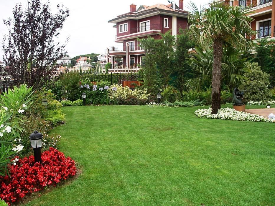 Country style gardens by Bahçevilla Peyzaj Tasarım Uygulama Country