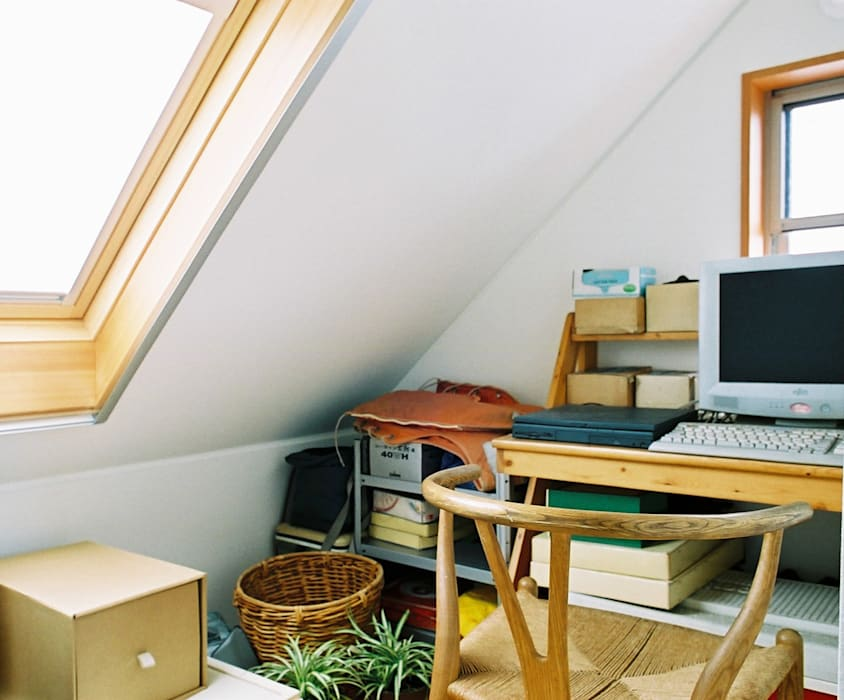 Study/office by 遠藤浩建築設計事務所 H,ENDOH  ARCHTECT  &  ASSOCIATES, Modern