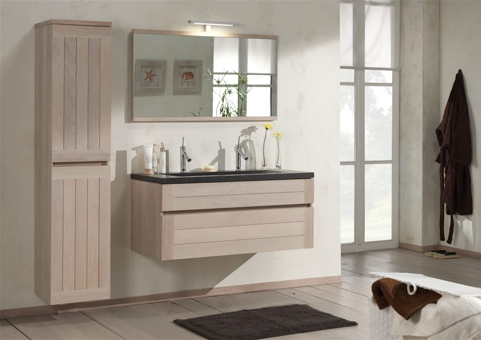 Country style bathroom by F&F Floor and Furniture Country
