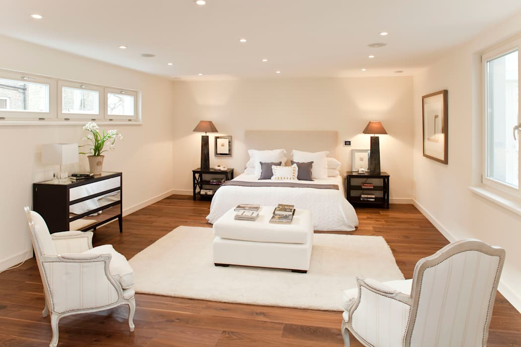Modern style bedroom by ELK Fertighaus GmbH Modern