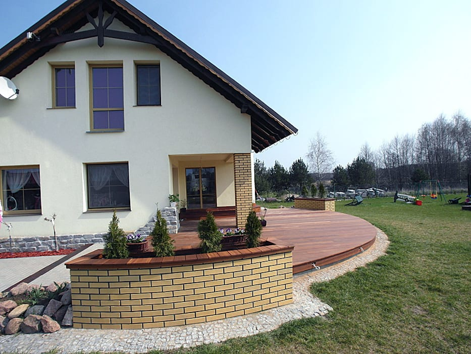 Taras drewniany. Realizacja w Suchej. od PHU Bortnowski Nowoczesny