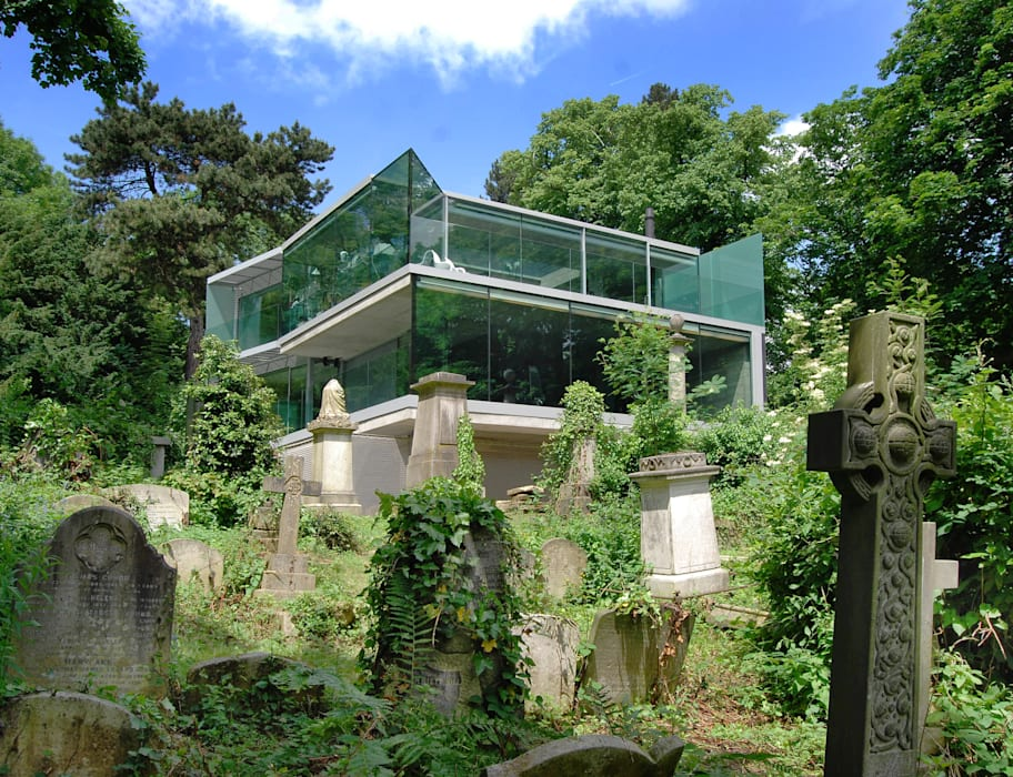 Glazed facades and balconies to cemetery elevations:  Houses by Eldridge London