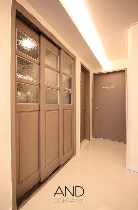 앤드컴퍼니 Ingresso, Corridoio & Scale in stile moderno