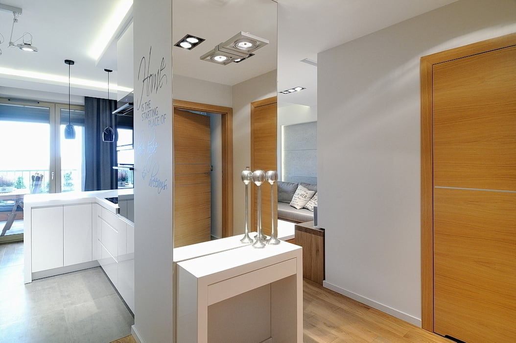 ARTEMA PRACOWANIA ARCHITEKTURY WNĘTRZ 現代風玄關、走廊與階梯
